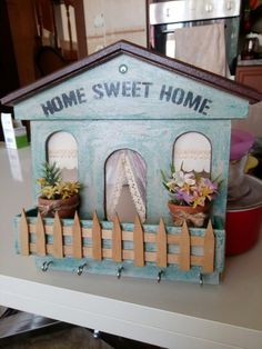 Schlüsselbund Home Sweet Home - Wood Projects Popsicle Stick Crafts, Craft Stick Crafts, Wood Crafts, Fun Crafts, Paper Crafts, Small Wood Projects, Projects To Try, Sweet Home, Decoupage Tutorial