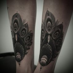 guy le tatooer + my legs #peacock #tattoo