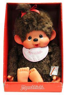 80 cm de pure tendresse avec cette peluche Monchhichi fille rose ! #Monchhichi #peluche #singe #mignon #enfant