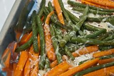 Roasted Green Beans - The Tasty Gardener Parmesan Roasted Green Beans, Roasted Potatoes And Carrots, Baked Green Beans, Carrots And Green Beans, Potato Vegetable, Vegetable Sides, Vegetable Recipes, 300 Calorie Meals, No Calorie Foods