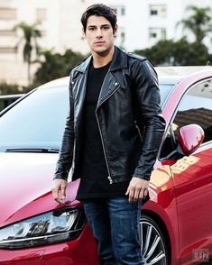Men's Jackets For Every Occasion. Photo by Menswear Market Jackets are a must-have in the cold weather but it can also be used to accessorize an outfit. There is almost an unlimited number Leather Jeans Men, Lambskin Leather Jacket, Biker Leather, Best Leather Jackets, Leather Jacket Outfits, Gay, Sexy Men, Sexy Guys, Men Casual