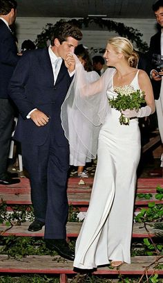 Image result for Carolyn Bessette-Kennedy's wedding dress