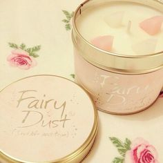 Fairy dust ♡♡ totally obsessed with this candle right now