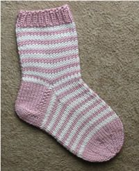 A set of three socks for a little girl. From left: stripy socks, lacy heart socks and heart socks in white and pink. STRIPY SOCKS No ins. Crochet Socks, Knitting Socks, Crochet Baby, Hand Knitting, Knit Crochet, Kids Socks, Baby Socks, Striped Socks, Baby Knitting Patterns
