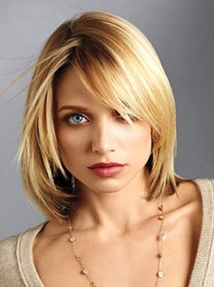 Nothing is cute than a blonde who can rock a short hairstyle!