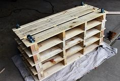 You must have been drooling over to buy some sort of shoe storage for your house. Right now, shoes get left at the door and you end up tripping over them every time you walk in. don't spend money when you can create something really good with your own skills and hands. Must try this pallet wood shoe rack to manage that mess.