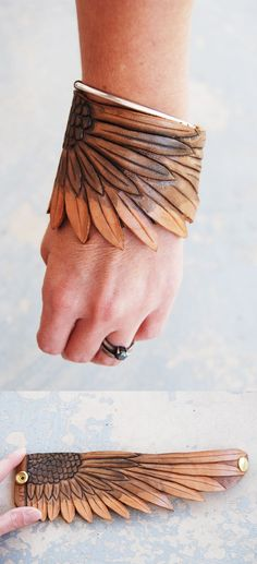 Jessamity: Project: Colored leather.  Lots of cool badass leather shit and other delightful adornments on this site.