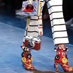 Dolce & Gabanna SS16 show bags… the dream!