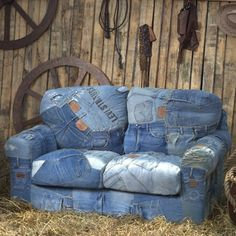 65 recycling ideas for old jeans are available now for you to watch and learn how to make some of them. Jeans is an important and basic material or cloth to wear in our life. Denims or Jeans is a clot Denim Furniture, Upcycled Furniture, Sofa Furniture, Furniture Stores, Balcony Furniture, Furniture Buyers, Vintage Furniture, Furniture Ideas, Jean Crafts