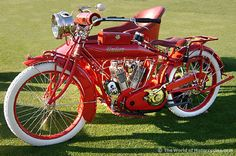 1915 Indian Twin 1000cc with side car-the only bike that is cooler than Pee Wee's lol