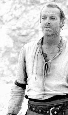 Iain Glen - A man of many talents. Mormont Game Of Thrones, Ser Jorah, Iain Glen, Margaery Tyrell, Spade, Ralph Fiennes, Ghost Adventures, Gary Oldman, Love To Meet
