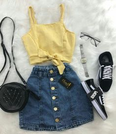 Clothes For Girls - red denim skirt - Fashion Ideas Cute Casual Outfits, Girly Outfits, Mode Outfits, Cute Summer Outfits, Stylish Outfits, Skirt Outfits, Outfits 2016, Vintage Outfits, Ladies Outfits