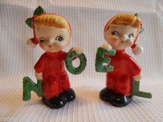 Vintage-Christmas-NOEL-Figurines-Salt-Pepper-Shaker-Ceramic-Japan-Napco