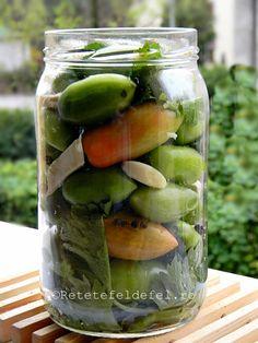 GOGONELE MURATE IN SARAMURA - Rețete Fel de Fel Pickles, Cucumber, Diy And Crafts, Food And Drink, Dinner, Drinks, Pickling, Dining, Drinking