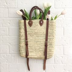 This charming backpack is our favorite basket! Practical and beautiful it is the perfect companion for your next trip to the market! Hipster Backpack, Market Baskets, Canvas Backpack, Leather Handle, Straw Bag, Reusable Tote Bags, Backpacks, Boho, Marrakech