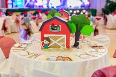Farm Birthday, Birthday Ideas, Balloon Show, Farm Themed Party, The Barnyard, Harvest Party, Fresh Market, Dream Cake, Party Service