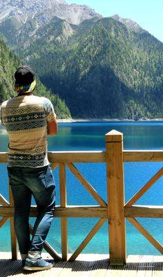 Nesse ano considere visitar Jiuzhaigou, um paraíso escondido no interior da China. Um dos parques nacionais mais bonitos do mundo.