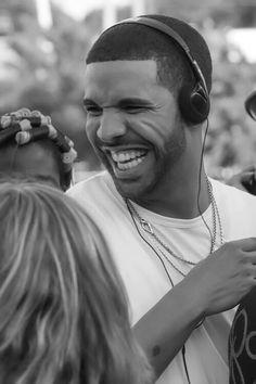Drake and his smile jeez