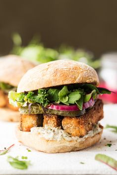 vegan-yums: Vegan fish finger sandwich / Recipe - March 02 2019 at - and Inspiration - Plant-based - Vegan Recipes And Delicious Nutritious Meals - Vegetarian Weighloss Motivation - Healthy Lifestyle Choices Falafels, Vegan Sandwich Recipes, Vegan Recipes, Vegan Meals, Nutritious Meals, Fish Recipes, Bagels, Lazy Cat Kitchen, Vegan Fish