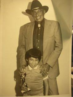 Will Sampson on the left, his son, Samaoche Sampson on the ...