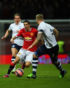 Di Maria and co dominated possession, but failed to test Preston's keeper, to go in at half-time level at 0-0. 16.2.2015 #mufc