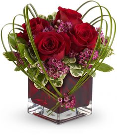 Order Sweet Thoughts Bouquet with Red Roses flower arrangement from DFW Flowers, your local Fort Worth, TX florist. Send Sweet Thoughts Bouquet with Red Roses floral arrangement throughout Fort Worth and surrounding areas. Design Floral, Deco Floral, Arte Floral, Love Flowers, Fresh Flowers, Beautiful Flowers, Wedding Flowers, Gift Flowers, Wax Flowers