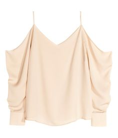Off-the-shoulder-blouse in woven fabric with V-neck at front and back. Narrow shoulder straps and long, wide sleeves with button at cuffs.  | H&M Pastels