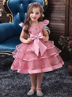 Kids Party Wear Dresses, Toddler Girl Dresses, Little Girl Dresses, Flower Girl Dresses, Toddler Girls, Princess Dresses For Girls, Baby Girl Birthday Dress, Baby Dress, Girls Frock Design