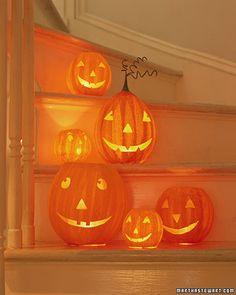 paper mache pumpkins from Martha Stewart    #halloween #diy #october #craft #decorate #pumpkin