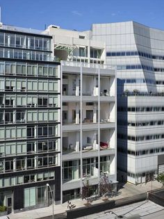 Metal Shutter Houses, New York, NY - Shigeru Ban Architects