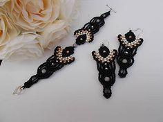 Sada elegantných čiernych macramé šperkov, black, elegant, micro-macrame, earring and bracelet, gold, silver, beads