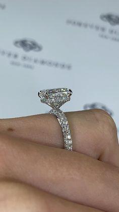 Purple Engagement Rings, Engagement Ring Cuts, Beautiful Wedding Rings, Beautiful Engagement Rings, Dream Wedding, Diamond Rings, White Diamond Ring, Diamond Jewelry, Couple Jewelry