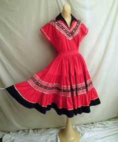 Vintage 1950's Patio Set Red and Black Circle Skirt and Top Fit and Flare New Look Rickrack Southwestern