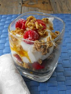 Honey Granola Yogurt Parfait