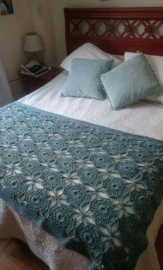 Modèles de couvre-lit en tricot, # knitbedcarpsukenarmmodels # à tricoter - Yatak Örtüsü Modelleri - Crochet Bedspread Pattern, Crochet Quilt, Crochet Tablecloth, Crochet Granny, Crochet Blanket Patterns, Crochet Doilies, Knitting Patterns, Diy Crafts Crochet, Crochet Home