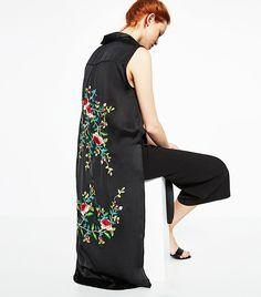 This Is Zara's New Favorite Trend via @WhoWhatWearUK