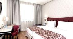 Booking.com: Hotel Eurostars Plaza Mayor , Madrid, Spain - 1295 Guest reviews . Book your hotel now!