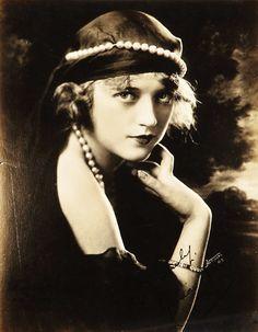 1920's Marion Davies. @Deidré Wallace