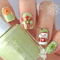flower nails - Easy Nail Art for Beginners Cute Christmas Nails, Christmas Nail Art Designs, Holiday Nail Art, Xmas Nails, Winter Nail Art, Winter Nails, Green Christmas, Christmas Snowman, Winter Christmas
