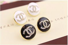 Fashion Jewelry Black and Gold Stud Earrings