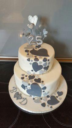 Cake for Silver Wedding / Hearts / Fondant . - Motivtorten etc - Wedding Cakes 25th Wedding Anniversary Cakes, Silver Anniversary Gifts, Heart Wedding Cakes, Bowl Cake, Savoury Cake, Confectionery, Mini Cakes, Cake Cookies, Cupcakes