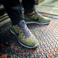 Broke out a fresh pair to congratulate @Dan_O_NJ and @Justin McCloud on their battle dominance. Good stuff!  #todayskicks #nike #flyknit