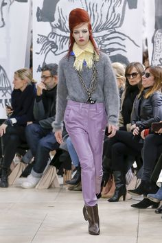 Miu Miu Fall 2018 Ready-to-Wear Fashion Show Collection
