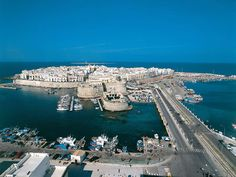 Italy:   Gallipoli: discovering Apulia and the sunny shores on http://www.italyadvisor.co.uk/gallipoli/