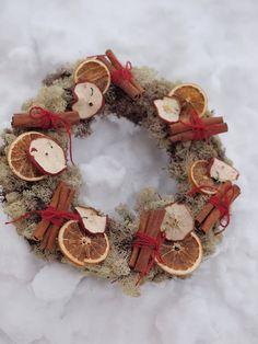 .cinnamon and orange wreath