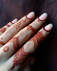 Image may contain: 1 person Modern Henna Designs, Finger Henna Designs, Full Hand Mehndi Designs, Mehndi Designs Book, Mehndi Designs For Beginners, Mehndi Design Photos, Beautiful Henna Designs, Mehndi Designs For Fingers, Mehndi Designs For Hands