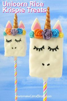 These Unicorn Rice Krispie Treats coated in white chocolate and decorated with b. - These Unicorn Rice Krispie Treats coated in white chocolate and decorated with brightly colored mod - Rice Crispy Treats, Krispie Treats, Rice Krispies, Rice Recipes, Dessert Recipes, Fun Recipes, Candy Recipes, Easy Desserts, Sweet Recipes