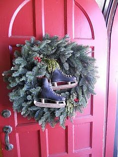 Christmas ☃ Winter Wreath with Charcoal Skates on Red Door