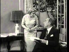 GRACIE BUYS OLD MOVIES TO...../ BURNS AND ALLEN