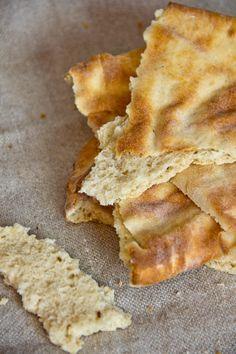 Feinporig, fluffig und mild gewürzt: Mjukbröd (Schwedisches Fladenbrot)